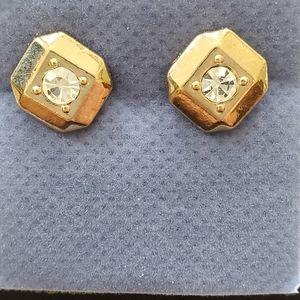❄3/$15❄Classic Stud CZ Earrings goldtone NIB